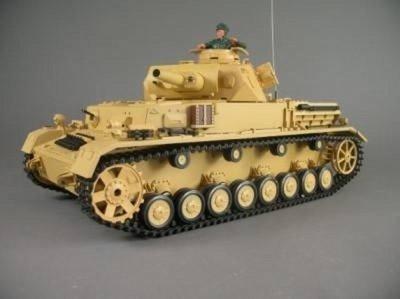 RC  Dak panzer Kampfwagen 4  1:16   F1  rook en geluid grijs