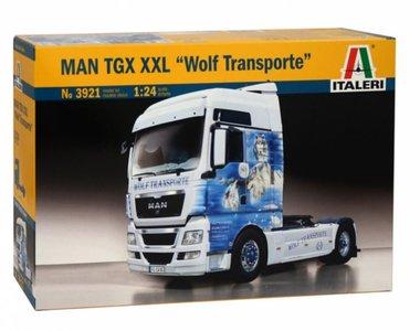 Italeri bouwpakket3921 1/24 MAN TGX XXL Wolf Transporte